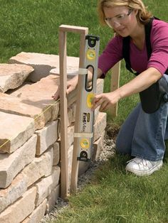 The Garden of Eaden: HOW TO BUILD A DRY STONE WALL