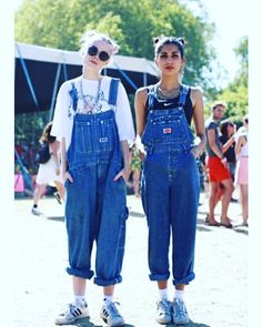 jumpsuit dungarees overalls denim oversized grunge style sunglasses summer hipster glasses hair hairstyles nike nike shoes oversized t-shirt roll-up adidas adidas shoes adidas originals adidas superstars chain necklace white t-shirt t-shirt sports bra Fashion 90s, Look Fashion, Fashion Outfits, Womens Fashion, 90s Fashion Overalls, Outfits With Overalls, Denim Overalls Outfit, Desert Fashion, Big Shirt Outfits