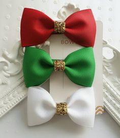 Christmas Hair Bows 🎅  https://www.etsy.com/listing/465894820/set-of-3-christmas-bows-tuxedo-hair-bows