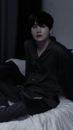 Min Yoongi Bts, Hoseok Bts, Min Suga, Bts Taehyung, Foto Bts, Bts Photo, Yoonmin, Min Yoongi Wallpaper, J Hope Dance