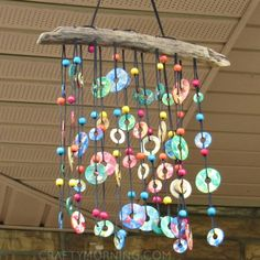 DIY Wind Chimes - Colorful Metal Washer Wind Chime - Easy, Creative and Cool Windchimes Made from Wooden Beads, Pipes, Rustic Boho and Repurposed… Spring Crafts For Kids, Summer Crafts, Upcycled Crafts, Repurposed Items, Upcycled Garden, Carillons Diy, Easy Diy, Washer Crafts, Wind Chimes Craft