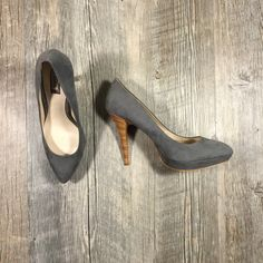 Zara gray suede heels Almost 5 inch heel. Almost 1 inch platform. Wooden heel. Gray faux suede heels. Classic heels! great condition, worn twice, see bottom for signs of wear. Size 40 Zara Shoes Heels