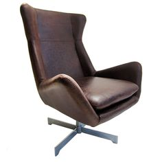 Swivel Leather Armchair - 1970's