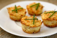 MINIATURE MUFFIN CRAB CAKES Makes 48 Ingredients: 2 c. plain Panko breadcrumbs 1 c. grated Parmesan cheese ¼ c. minced fresh chives 1 c. Appetizers For Party, Appetizer Recipes, Yummy Appetizers, Mini Crab Cakes, Great Recipes, Favorite Recipes, Side Recipes, Yummy Food, Tasty