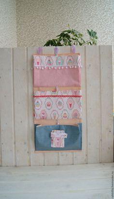 Купить Кармашки для Принцессы в детскую комнату / Подвесные карманы / - розовый, кармашки в детскую