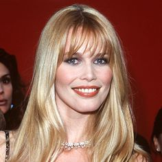 Claudia Schiffer's Changing Looks Face Hair, My Hair, Bright Blue Eyes, Side Swept Bangs, Celebrities Before And After, Cat Eyeliner, Claudia Schiffer, Young Models, Beauty Photography