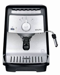 Cafetera manual. aparato de cocina que permite preparar café como bebida caliente.