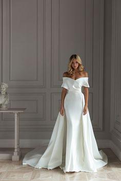 Formal Dresses For Weddings, Wedding Dress Trends, Dream Wedding Dresses, Bridal Dresses, Bridesmaid Dresses, Modern Wedding Dresses, Sleek Wedding Dress, Satin Wedding Dresses, Formal Gowns