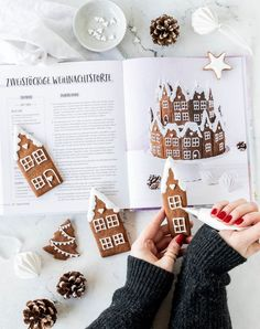 Recipe for Gingerbread Village Just Bake Royal Icing Gingerbread Gingerbread House . Gingerbread Village, Gingerbread Decorations, Christmas Gingerbread House, Best Christmas Cookies, Christmas Mood, Holiday Cookies, Christmas Desserts, Christmas Treats, Gingerbread Cookies