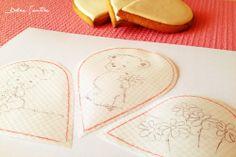 Dolce Sentire {Sweet Art: Galletas y Cupcakes decorados}: Galletas pintadas a mano y decoradas con brillos {Video Tutorial}