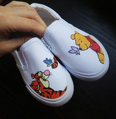 Discover recipes, home ideas, style inspiration and other ideas to try. Vans Slip On Shoes, Custom Vans Shoes, Mens Vans Shoes, Vans Men, Disney Painted Shoes, Custom Painted Shoes, Disney Shoes, Painted Vans, Vans Shoes Fashion