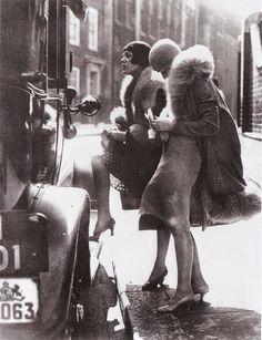 Berlin, ca. 1920a | Women's Street Fashion of the 1920s