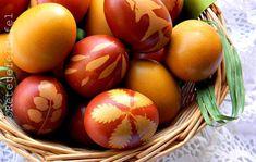 OUA VOPSITE NATURAL - Rețete Fel de Fel Easter Eggs, Yummy Food, Recipes, Macrame, House, Folklore, Faith, Delicious Food, Home