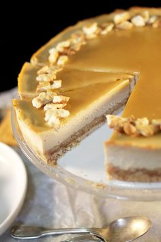 New cheese cake recette caramel Ideas Baking Recipes, Dessert Recipes, Caramel Tart, Cake Factory, Cooking Cake, Cooking Food, Yummy Cakes, Food Network Recipes, Amor