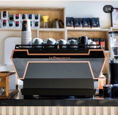 Green Cafe, Coffee Accessories, Cafe Interior Design, Best Coffee, Espresso Machine, Coffee Shop, Liquor Cabinet, Coffee Machines, Avatar
