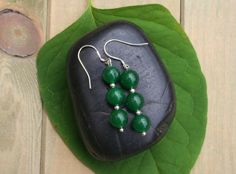 Emerald Earrings With Sterling Silver Plated Hooks door EASTERNSOULS