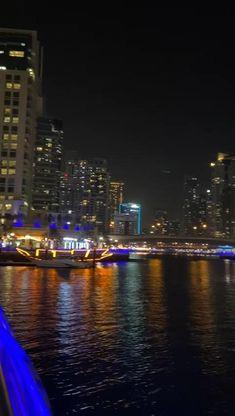 New York Snow, Dubai Video, Dubai Travel Guide, Dubai Vacation, Ben Savage, Dubai Beach, Cool Instagram Pictures, Beach At Night, Visit Dubai