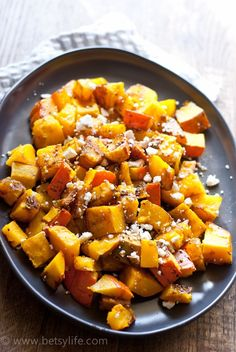 Roasted Kabocha Squash with Balsamic and Feta Recipe plus 12 awesome Thanksgiving side dish recipes. #12bloggers