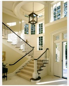 Interior Design Ideas & Guest Post Beautiful foyer and staircase, interior design ideas and home decor Villa Plan, Style At Home, Future House, My House, Escalier Design, Diy Home Decor Rustic, House Goals, Home Fashion, Stairways