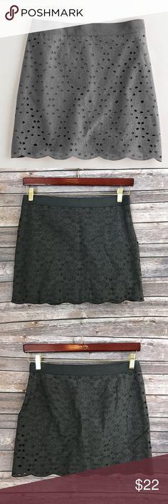 "J Crew Skirt Size 4 Gray Eyelit Mini Lined Cotton Measurements: In inches Waist: 30"" Length: 15"" J. Crew Skirts Mini"
