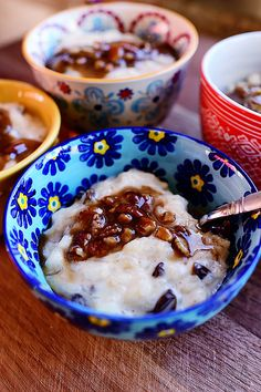 I don't make rice pudding very often, but whenever I do, I always stop dead in my tracks and confront myself with the same qu...