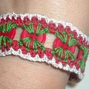 Crocheted Button Bracelet - via @Craftsy
