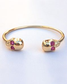 Pink Skull Bangle - bet that @Heather Creswell Jackson would love this