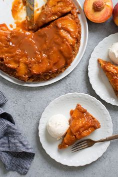 Caramel Peach Dump Cake Recipe - Dump and Bake! This buttery moist cake gets topped with rich decadent caramel sauce and ripe tender peaches creating the best and easiest summer dessert. Smart Cake Recipe, Purple Desserts, Peach Upside Down Cake, Dump Cake Recipes, Baby Recipes, Dessert Recipes, Easy Summer Desserts, Peach Cake, Cupcake Cakes