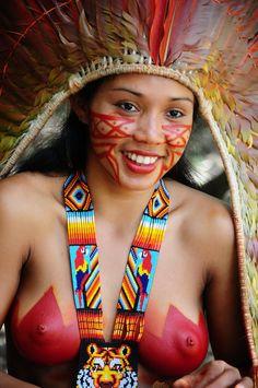 Beautiful young Native Women - Shawãdawa La - Acre, Brazil.