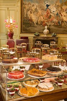 ahtheprettythings:  Jacquemart-André Café, the eponymous Musée caré, is one of the most beautiful tearooms in Paris.