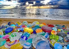 Image may contain: outdoor and water Sea Glass Crafts, Sea Glass Art, Beach Pictures, Belle Photo, Beautiful Beaches, Bunt, Sea Shells, Scenery, Wallpaper