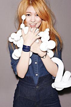 Hello Venus Sticky Sticky: 4th. Mini Album (2014.11.06) Hello Venus's Seo Young