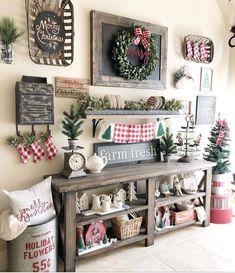 Dekoration Weihnachten – Plaid and rustic christmas decor ideas Farmhouse Christmas Decor, Primitive Christmas, Rustic Christmas, Farmhouse Decor, Fresh Farmhouse, Christmas Vignette, Farmhouse Style, Farmhouse Ideas, Modern Farmhouse