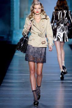 Christian Dior Spring 2010 Ready-to-Wear Fashion Show - Abbey Lee Kershaw (Next)