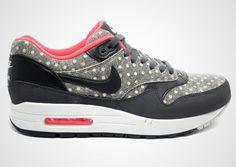 """Nike Sportswear """"Polka Dot"""" Pack"""