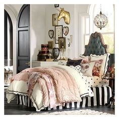 PB Teen The Emily + Meritt Scallop Duvet Cover, Full/Queen,... (¥12,580) ❤ liked on Polyvore featuring home, bed & bath, bedding, duvet covers, scalloped pillow shams, pbteen bedding, pbteen, twin bed linens and full/queen duvet