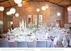 Today is a blue Monday, but it is the kind of blue Monday you want! We have a fabulous wedding with a stunning blue and white colour scheme coming your way.