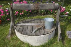 wishing well with planter to hide septic tank gardening septic tank covers septic tank. Black Bedroom Furniture Sets. Home Design Ideas