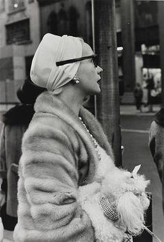 Larry Fink: Woman on 5th Avenue, New York City, November, 1961)