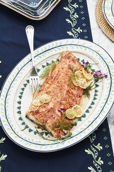 Roasted Salmon with Honey and Dill Healthy Snack Options, Healthy Snacks, What Is For Dinner, Honey Salmon, Roasted Salmon, Easy Weeknight Meals, Fish And Seafood, Fruits And Veggies, Summer Recipes