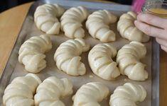 Самые пышные и ароматные молочные рогалики - Мой женский блог Garlic, Bread, Baking, Vegetables, Recipes, Clock, Kitchen, Desserts, Meals