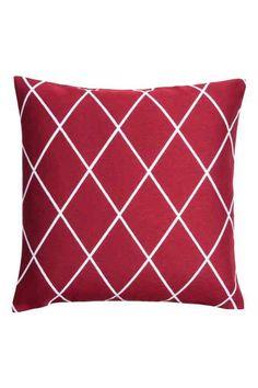 Jakardikudottu tyynynpäällinen
