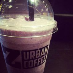 Blueberry ice blended [ Z Urban coffee, Quan Su, Hanoi, Vietnam ]