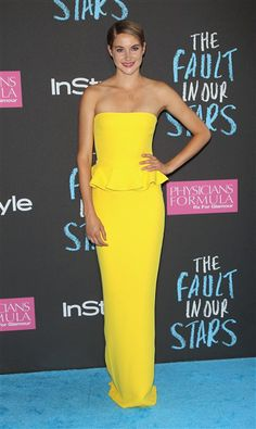 """Shailene Woodley attends the premiere of """"The Fault in Our Stars"""" at the Ziegfeld Theater in New York on June 2, 2014."""