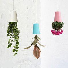 Garden Home Office Hanging Plant Pot Plastic Upside Down Flower Pots Sky Planter Creative Supplies for Indoor Decoration
