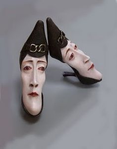 Gwen Murphy upcycles old shoes into sculpture. (looks like her shoes are pinching her) Nanu Nana, Creative Shoes, Art Sculpture, Wall Sculptures, Old Shoes, Paperclay, Shoe Art, Recycled Art, Art Plastique