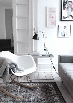 love the textures in this living room and the eames rocking chair Eames Rocker, Eames Rocking Chair, Eames Chairs, Lounge Chairs, Dining Chairs, Dining Room, Living Room Inspiration, Interior Inspiration, Home Living Room