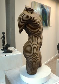 Wood sculpture in laminated plywood by New zealand sculptor Olivier Duhamel