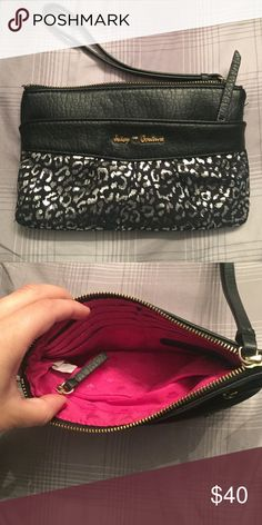 Juicy Couture Wrislet Only used a few times. Perfect condition! No stains, rips, or holes. Purchased from Kohls. Juicy Couture Bags Clutches & Wristlets
