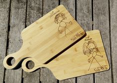 Miss a thank you gift DIY - With the wooden hobby burner, we made a personal cutting board as a thank you for the school teache - Diy Home Crafts, Handmade Crafts, Teacher Appreciation Gifts, Teacher Gifts, Diy Gifts For Kids, Crafts For Kids, Handmade Headbands, Gifted Kids, Diy Presents